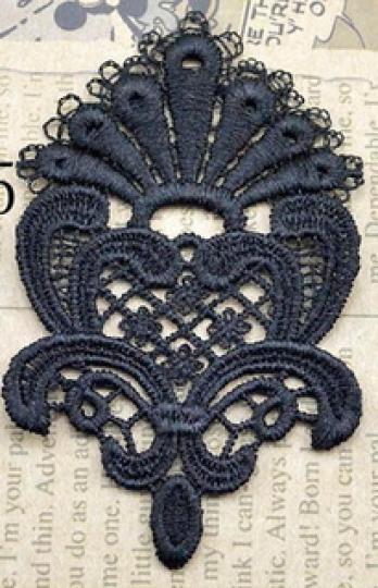 motif dentelle fleur noire